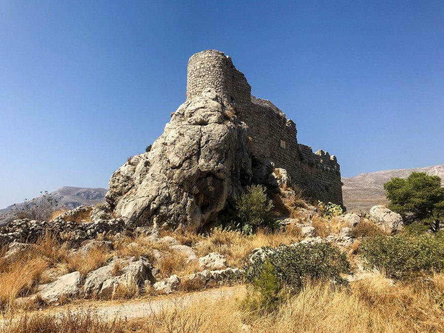 chrysocheri castle